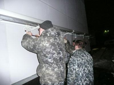Монтаж светового оборудования наружной рекламы